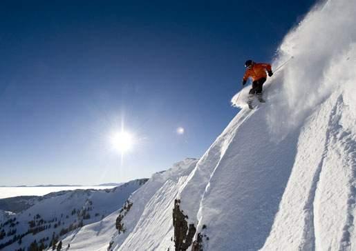 header_skierSteep_4